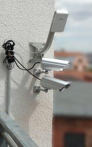IP-Kameras über Accesspoint per Wlan mit NAS verbunden