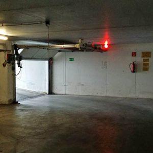 Zufahrt Tiefgarage ohne Alarm- und Videoüberwachungsanlage