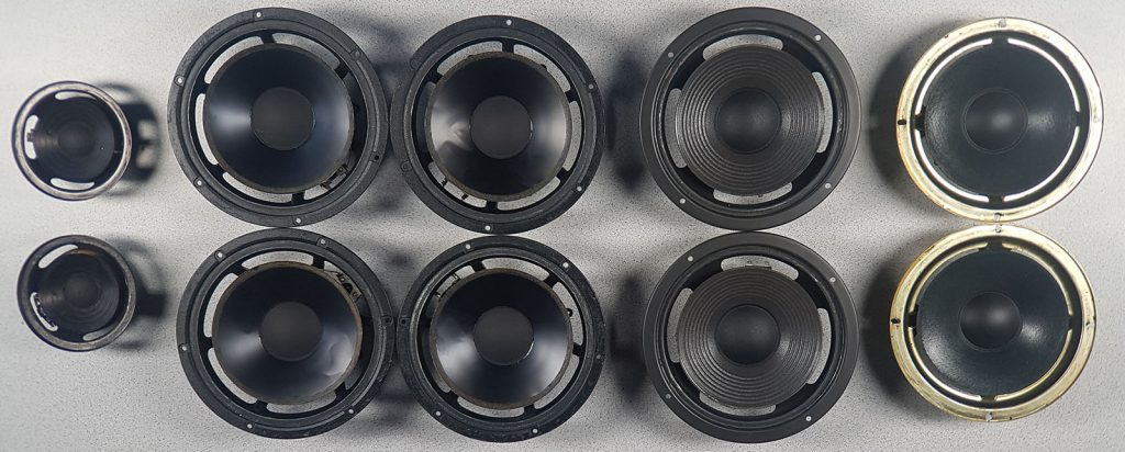 verschiedene Lautsprecher bei der Reparatur (Sickentausch), mit bereits entfernten Sicken