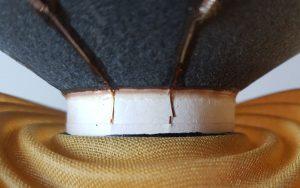 gebrochene Schwingspulenzuleitung, eine Reparatur war kostengünstig möglich