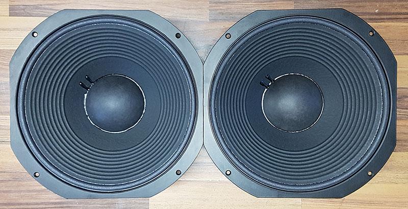 JBL High-End Lautsprecher: die Tieftöner aus der legendären 250Ti