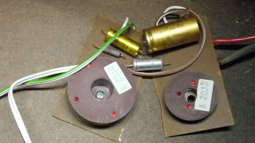 gebrochene Frequenzweiche einer Mirsch OM3-28